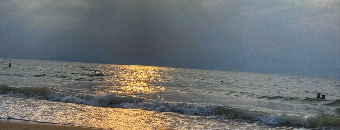 Cappello Beach Club is one of Locais curtidos por Cagdas.