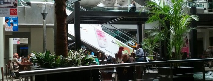 Mega Mall is one of Tempat yang Disukai Nidal.