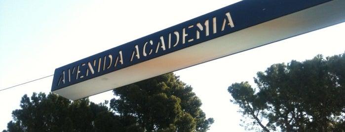 Tranvía Avenida de la Academia is one of Tranvía Zaragoza.