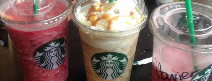 Starbucks is one of London cafe.