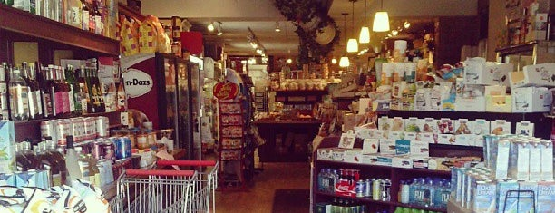 Magnolia Fine Foods is one of Specialty Food & Drink Shops in Toronto.