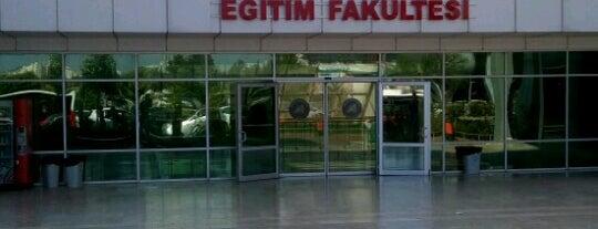 Eğitim Fakültesi is one of สถานที่ที่ Başak ถูกใจ.