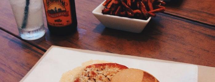 Umami Burger is one of Locais curtidos por Mimi.