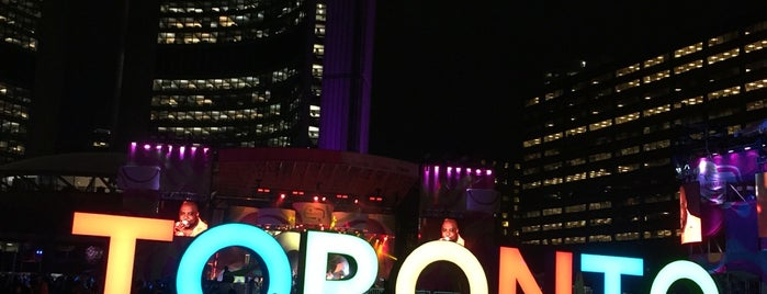 Nathan Phillips Square is one of Mimi : понравившиеся места.