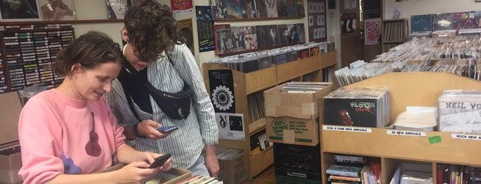 Hello Records is one of Orte, die Georg gefallen.