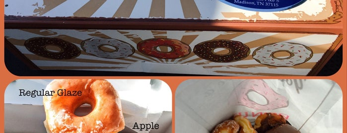 The 7 Best Places For Apple Fritters In Nashville