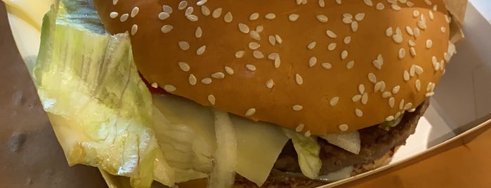 McDonald's is one of Janoさんのお気に入りスポット.