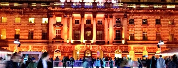 Somerset House is one of Inglaterra.