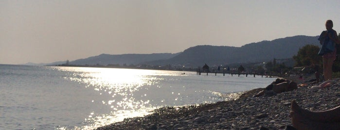 esinti beach is one of yeni.
