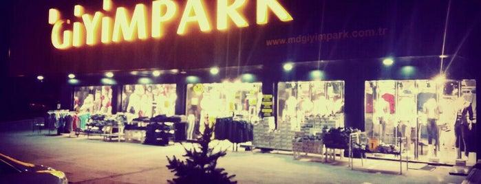Giyim Park is one of Mehmet YAŞAM KOÇUさんのお気に入りスポット.
