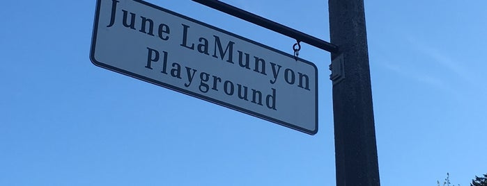 June LaMunyon Playground is one of Nicholasさんのお気に入りスポット.