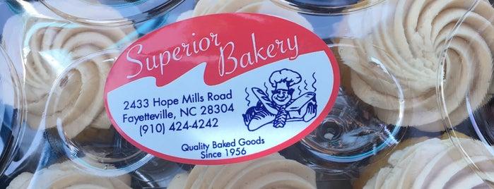 Superior Bakery is one of สถานที่ที่บันทึกไว้ของ Lisa.