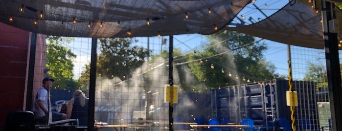 Federalist Public House & Beer Garden is one of Napa, Sonoma & points north.