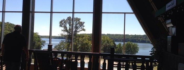 Hueston Woods Lodge and Resort is one of Tempat yang Disukai Josh.