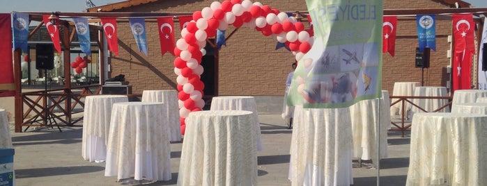 Rıfat Yıldırım Yaşam Parkı is one of Posti che sono piaciuti a Feyza.