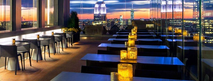 SixtyFive is one of 20 Global Cocktail Spots With a View.
