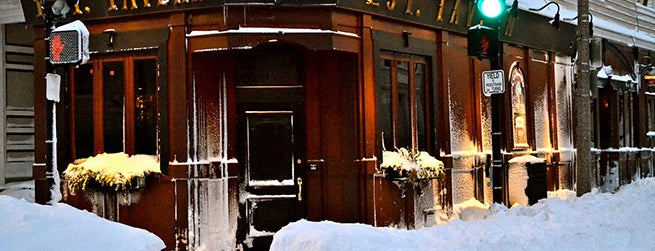 L Street Tavern is one of Bars From the Movies You Can Visit in Real Life.