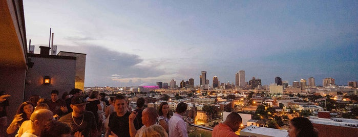 Hot Tin Roof Bar is one of 20 Global Cocktail Spots With a View.