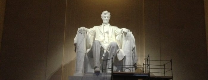 Lincoln Memorial is one of DC - Must Visit.