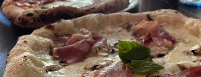Grosso Napoletano is one of italianos y pizza.