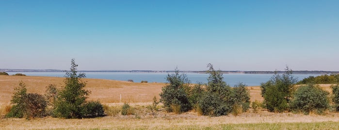 Lake Burrumbeet is one of Christopher's Liked Places.