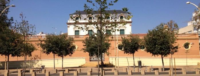 Centro Cívico Las Sirenas is one of Seville.