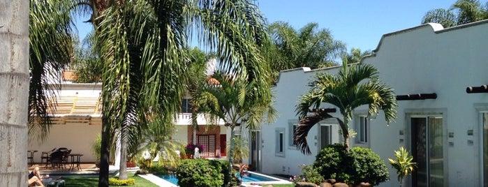Hotel Canarios is one of Lugares favoritos de Lorelo.