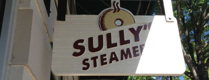 Sully's Steamers is one of Posti che sono piaciuti a Raven.