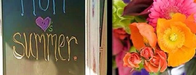 Fiori Flowers is one of Tempat yang Disukai Mike.