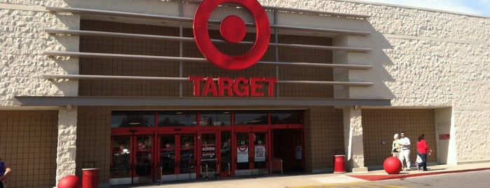 Target is one of Jayさんのお気に入りスポット.