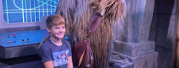 Chewbacca Encounter is one of Tempat yang Disukai Edwulf.