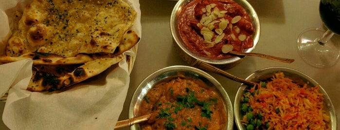 Maharaja, indijska restavracija is one of Posti che sono piaciuti a Matija.