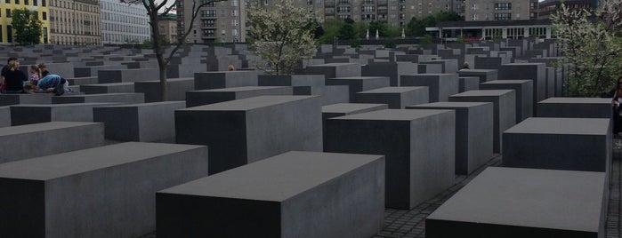 Memorial aos Judeus Assassinados da Europa is one of Berlin 2013.