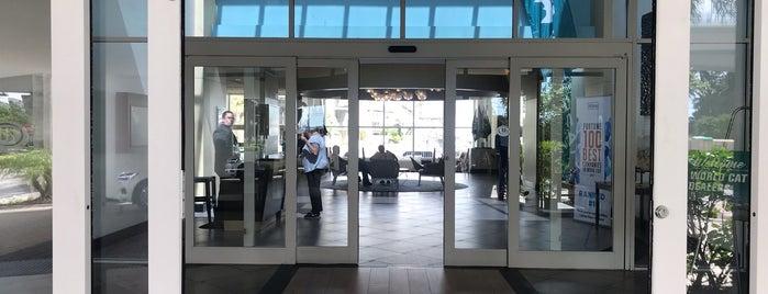 Hilton Ft. Lauderdale Pool is one of Tempat yang Disukai Tanya.