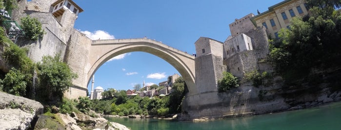Mostar is one of Lugares favoritos de Charles.