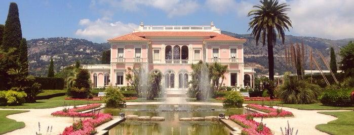 Villa Ephrussi de Rothschild is one of Orte, die Claire gefallen.