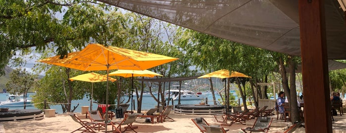 Catherine's Cafe Plage is one of Antigua.