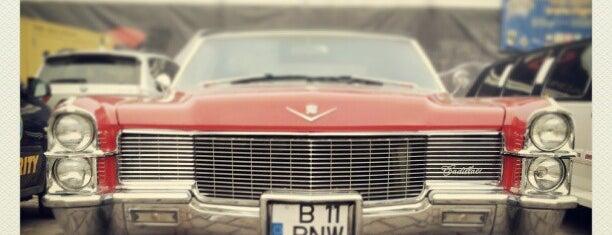 Salonul International Auto Moto Bucuresti is one of Locais curtidos por Slysoft.