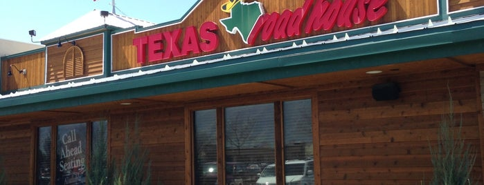 Texas Roadhouse is one of Lieux qui ont plu à Alfonso.