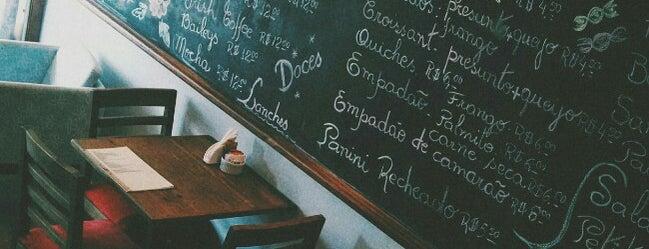 +5' Café is one of Locais salvos de Murilo.