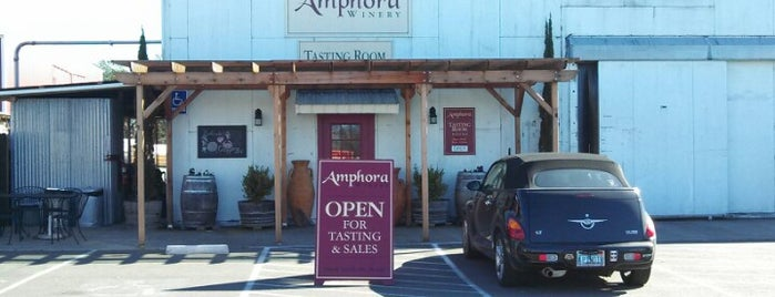 Amphora Winery is one of Tempat yang Disukai brainsik.