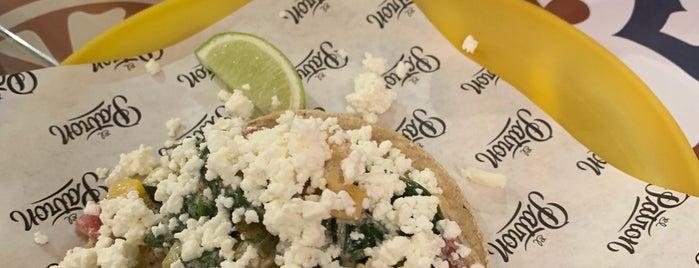 El Patron Tacos and Store is one of Posti che sono piaciuti a Matija.