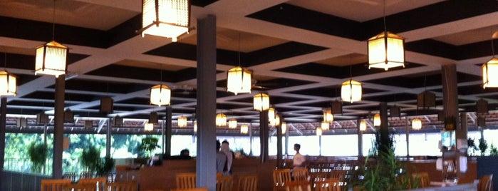 """Restoran Ikan Bakar """"KARIMATA"""" Taman Anggrek TMII is one of Lugares guardados de Emmanuel."""