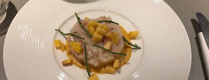 Les Pommes Italian Bistrot is one of Lieux qui ont plu à Felipe.