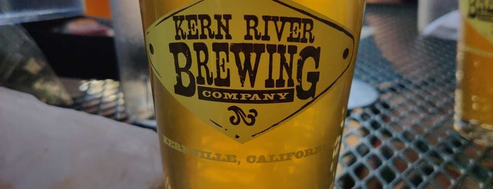 Kern River Brewing Company is one of สถานที่ที่ Kyle ถูกใจ.