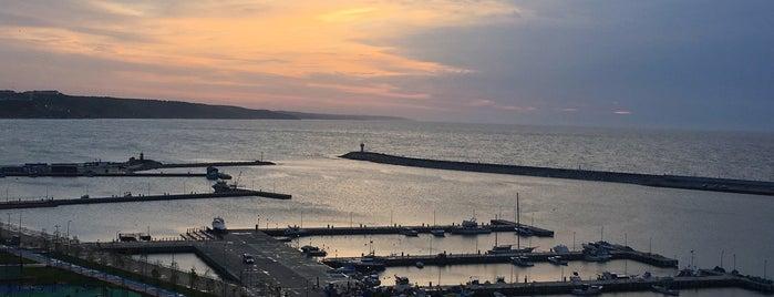 Karadeniz pide is one of Orte, die Özge gefallen.