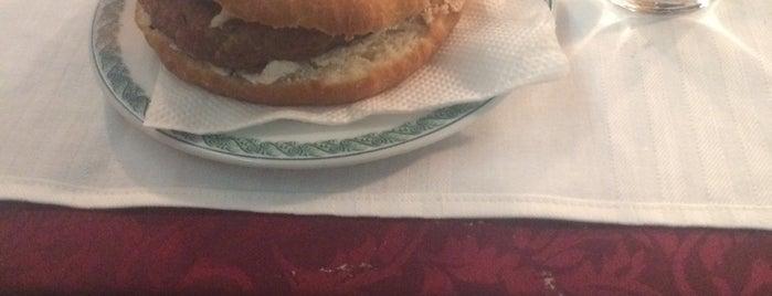 Familys food is one of Vitomir'in Beğendiği Mekanlar.
