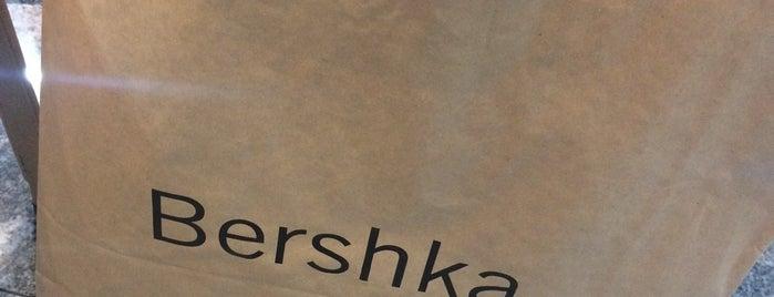 Bershka is one of Serhat'ın Beğendiği Mekanlar.