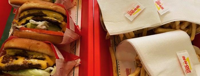 In-N-Out Burger is one of Orte, die Yishan gefallen.