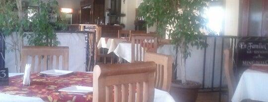 Restaurant En Familia Centro is one of Orte, die Andres gefallen.